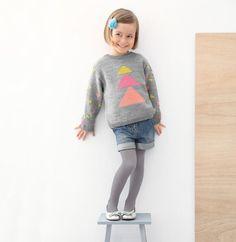 Ravelry: Designs by Phildar Design Team Knitting For Kids, Baby Knitting, Pull Jacquard, Knit Baby Sweaters, Teen Kids, Dubai Fashion, Fashion Kids, Kind Mode, Graphic Sweatshirt