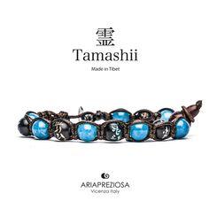Tamashii - Bracciale originale tibetano realizzato con pietre naturali Agata Azzurra e legno orientale autentico con SIMBOLI MANTRA incisi a mano