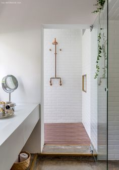 29-decoracao-banheiro-branco-azulejo-metro-subway-tile