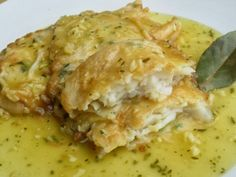 This wonderful dish can be prepared ahead. Besides, you might use remaining battered halibut. Add clams and& shrimps to the sauce if you like. Fish Recipes, Healthy Recipes, Halibut, Clams, Main Dishes, Good Food, Easy Meals, Food And Drink, Meat