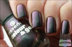 Loucas Por Esmalte » Chic Reloaded – Essence