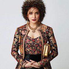 #AnushkaSharma @anushkasharma on the #ElleIndia @elleindiaofficial #Editorial #October2016 Styled by #Sabyasachi #SabyasachiCouture #Firdaus #KishandasForSabyasachi @kishandasjewellery #HandCraftedInIndia #Gucci @gucci #TheWorldOfSabyasachi Bollywood Wallpaper ARISTA INSTANT HAND SNITIZER (500) PHOTO GALLERY  | AMAZON.IN  #EDUCRATSWEB 2020-04-28 amazon.in https://www.amazon.in/images/I/81Cv+DBQzyL._AC_UL320_.jpg