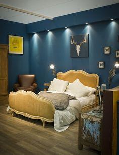Dark teal bedroom ideas teal bedroom walls navy blue bedrooms home Teal Bedroom Walls, Dark Teal Bedroom, Calming Bedroom Colors, Blue Bedroom Colors, Bedroom Colour Palette, Warm Bedroom, Bedroom Color Schemes, Bedroom Decor, Blue And Yellow Bedroom Ideas