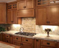 100 best oak kitchen cabinets ideas decoration for farmhouse style - Kitchen backsplash - Craftsman Kitchen, Farmhouse Style Kitchen, Diy Kitchen, Kitchen Decor, Farmhouse Ideas, Kitchen Ideas, Country Kitchen, Craftsman Porch, Craftsman Trim