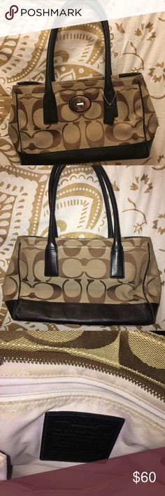 Coach medium sized khaki purse Medium sized coach purse. In fair condition, pictures display item well, but let me know if you'd like more photos! Coach Bags Shoulder Bags