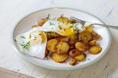 ¡Combina tus patatas fritas con huevo y chúpate los dedos! 🍟🍳 #patatasfritas #patatasfritasconhuevo #huevosfritos #huevosconpatatas #recetasdehuevo #recetasdepatatas