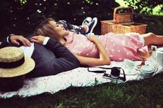 Oh how I want to go on a picnic soo bad! :D