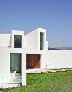 vorgarten wiese el viento moderne villa auf marmorstein grundlage