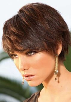 Sleeked-Down Pixie with Texturizing short shaggy hairstyle for thick hair Stacked Bob Hairstyles, Short Hairstyles For Thick Hair, Short Pixie Haircuts, Pixie Hairstyles, Cool Hairstyles, Short Hair Styles, Asian Hairstyles, Brunette Hairstyles, Hairstyle Short