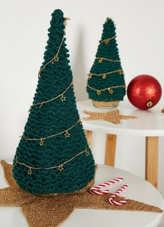 Knit Patterns, Hand Knitting, Graphics, Christmas Ornaments, Holiday Decor, Crochet, Illustration, Prints, Home Decor