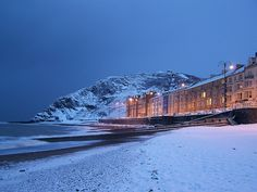 Snow on Aberystwyth Beach, Wales Wow! Magical, even more so than usual