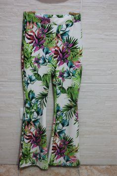Calça Legging Estampa Floral R$ 59,90 camubrazil@yahoo.com.br  https://www.facebook.com/pages/Camu-Moda-Brazil/203956949774583