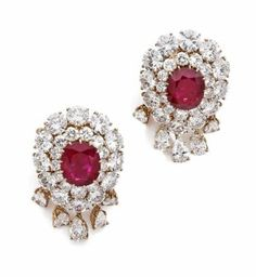 Lot 977B - A PAIR OF RUBY, DIAMOND AND YELLOW GOLD EAR CLIPS BY VAN CLEEF & ARPELS