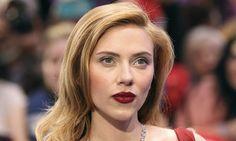 Watch Scarlett Johansson Politely Dodge These Sexist Red Carpet Qs