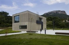 Casa Consistorial del Valle de Allín / Ekain Jiménez Valencia + Patxi Lapetra Iriarte
