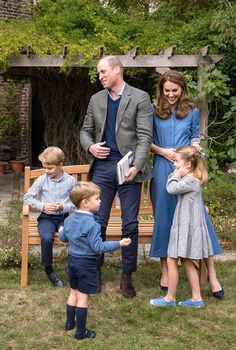 Kate Middleton Kids, Looks Kate Middleton, Prince William Family, Prince William And Catherine, William Kate, Kate Middleton Prince William, George Of Cambridge, Duchess Of Cambridge, Principe William Y Kate