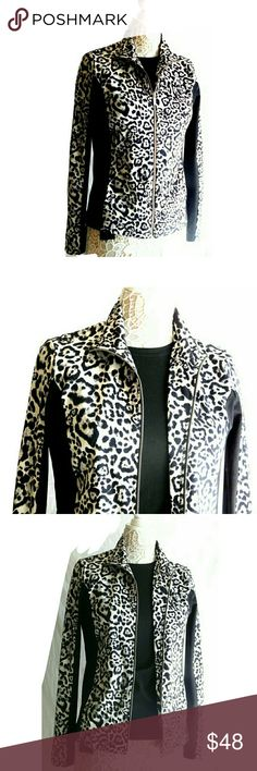 """JNY SPORT LEOPARD SPOTS W/ BLK PANELS JACKET JNY SPORT LEOPARD SPOTS W/BLK PANELS JACKET  Pre-Loved/ EUC/RN# 54050 SZ S I'M a SZ 4/5 & Fits Perfect! 86% Polyester   14% Elastane  Leopard Spots w/ Side Black Panels Down Sides & Sleeves. Side Pockets Last Pic Shows Long Sleeve Top that Can be Worn with This & Underneath Jacket (Helly Hansen)  Approx Meas;    Pit to Pit;   18""""    Sleeves;   18""""    Back Neck Seam to Hem;   26""""  Meas R Approx & Can be Interpreted Differently on How U Measure…"""