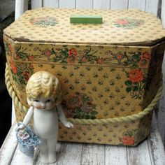 Victorian Sewing Baskets and Boxes | Antique vintage sewing box
