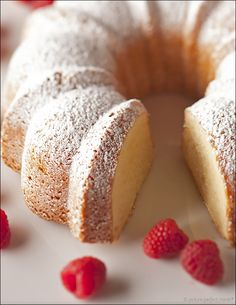 Vanilla Cream Cheese Pound Cake