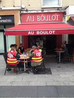 insolite bar boulot cgt