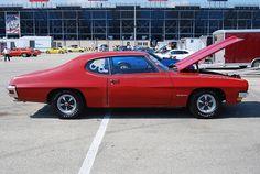 1970 Pontiac Tempest GT-37  | Car photo
