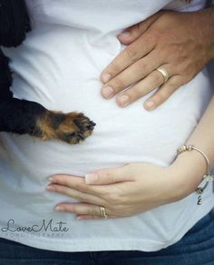 Dogs can feel kicking too. Cute way to add family pet to maternity photos #pregnancy