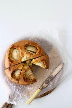... caramelised apple cake ...