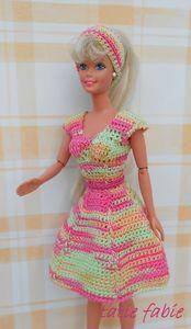 SC déjeuner sur l'herbe juillet 2013 023 Crochet Barbie Patterns, Crochet Barbie Clothes, Doll Clothes, Blog Crochet, Fashion Dolls, Fashion Outfits, Barbie Friends, Hello Dolly, Doll Crafts