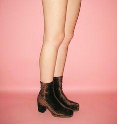 90s Chunky Velvet Platform Ankle boots Size 8 by KinKinVintage