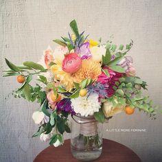 Aubrey & Lindsay's Little House Blog  love this arrangement