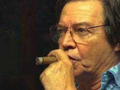 Prêmio da Música Brasileira vai homenagear Tom Jobim - http://colunas.revistaepoca.globo.com/menteaberta/2013/04/02/premio-da-musica-brasileira-vai-homenagear-tom-jobim/ (Foto: Fernando Quevedo/Agência O Globo)