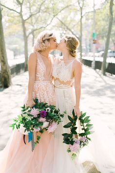 House of Ollichon loves.Colourful Whimsy Same-Sex Wedding Inspiration. The Aisle Society Experience. Same sex LGBTQ+ wedding inspiration and ideas Lgbt Wedding, Chic Wedding, Wedding Blog, Wedding Styles, Dream Wedding, Wedding Ideas, Wedding Pictures, Wedding Planning, Wedding Menu