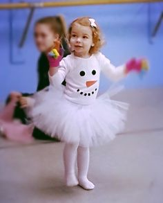 Items similar to Snowman tutu outfit / winter tutu outfit / Christmas tutu outfit / infant tutu / baby tutu / toddler tutu / Halloween costume on Etsy Olaf Costume, Snowman Costume, Tutu Costumes, Halloween Kostüm, Halloween Costumes For Kids, Cosplay Kids, Carnival Themed Party, Ballerina Costume, Winter Wonderland Party