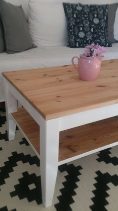 Upcycling Table, Furniture, Home Decor, Upcycled Crafts, Homemade Home Decor, Mesas, Home Furnishings, Desk, Decoration Home