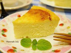 口感滑順綿密的起司蛋糕 , 令人讚不絕口 ! 將鮮奶油換成優格來製作 , 口味更清爽 , 做法簡單 , 卻是如此美味 !