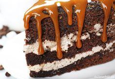 Čokoládová torta s karamelovým krémom Tiramisu, Cake, Ethnic Recipes, Desserts, Food, Tailgate Desserts, Deserts, Kuchen, Essen