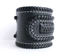 Wristband with Mexican Braid Lacing and Contrast by TaurusSeats