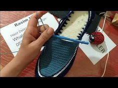 Men's Shoe Making (Knitting) - Knitting Examples Crochet Sandals, Crochet Boots, Crochet Slippers, Diy Crochet, Crochet Shoes Pattern, Shoe Pattern, Crochet Patterns, Summer Boots, Crochet Videos
