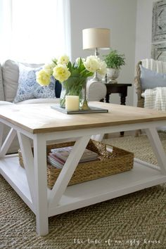DIY+Modern+Farmhouse+Square+Coffee+Table+-+Sincerely,+Marie+Designs