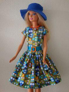 Jurk met hoed voor Barbie