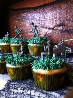Call of Duty: Black Ops Cupcakes by jennyvier, via Flickr