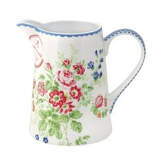 I love greengate products and now you can buy their lovely products right here in Poitiers. 'Bobines de Filles' a wonderful new shop with some beautiful products. Hand Painted Cakes, Wicker Planter, Planters, Vintage Tablecloths, China Dinnerware, Cut Glass, Stoneware, Tea Pots, Shabby Chic