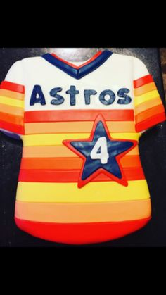 Throwback Houston Astros Jersey Cake #SouthernGirlsCreationsTexas Baseball Birthday Cakes, Baseball Party, 15th Birthday, 1st Birthday Parties, Southern Girls, Royal Icing Cookies, Sweet Cakes, Houston Astros, Girls Dream