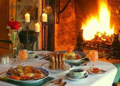 Breakfast by the Englenook fireplace!