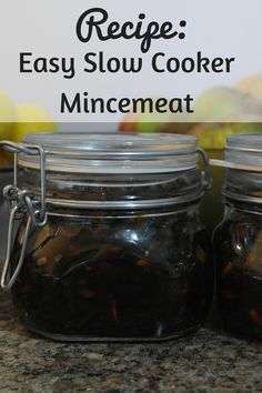Recipe: Easy Slow Cooker Mincemeat - I'm subbing Granny Smith Apples - 6 oz of brown sugar = approx 1 loosely packed cup, 8 oz = approx 1 cups, total amount of raisins (including sultanas) = approx 2 cups 4 oz of ground suet = approx 1 cup Slow Cooker Mince, Slow Cooker Bread, Slow Cooker Recipes, Crockpot Recipes, Cooking Recipes, Xmas Food, Christmas Cooking, Christmas Recipes, Christmas Ideas