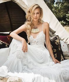 Inbal Raviv 2017 'White Gypsy' bridal collection inspired by the beautiful, free spirited Gypsy world.