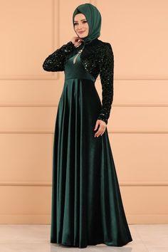 ABİYE Pulpayet Kadife Abiye YGS6165 Zümrüt Abaya Fashion, Muslim Fashion, Kebaya Muslim, Hijab Dress, Mode Hijab, Evening Dresses, Girl Outfits, Velvet, Abayas