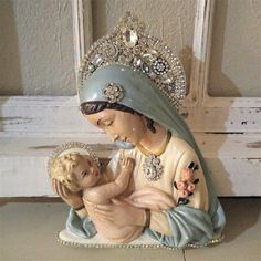 Ms Bingles Vintage Christmas: Madonnas and Angel statues... Showing the Love!