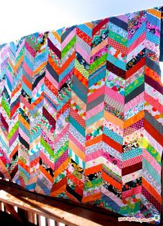 Learn to make a QAYG Chevron Quilt with this tutorial. Cute quilt-as-you-go…