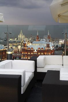 Ritz-Carlton Moscow--amazing views of Red Square--3 minutes walk to the Kremlin, Red Square, and the Cathedral of Christ the Saviour